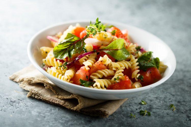 blt pastasalade