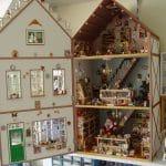 De poppenhuizen van mijn ouders