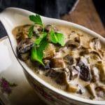 Zonder pakjes en zakjes: champignonroomsaus