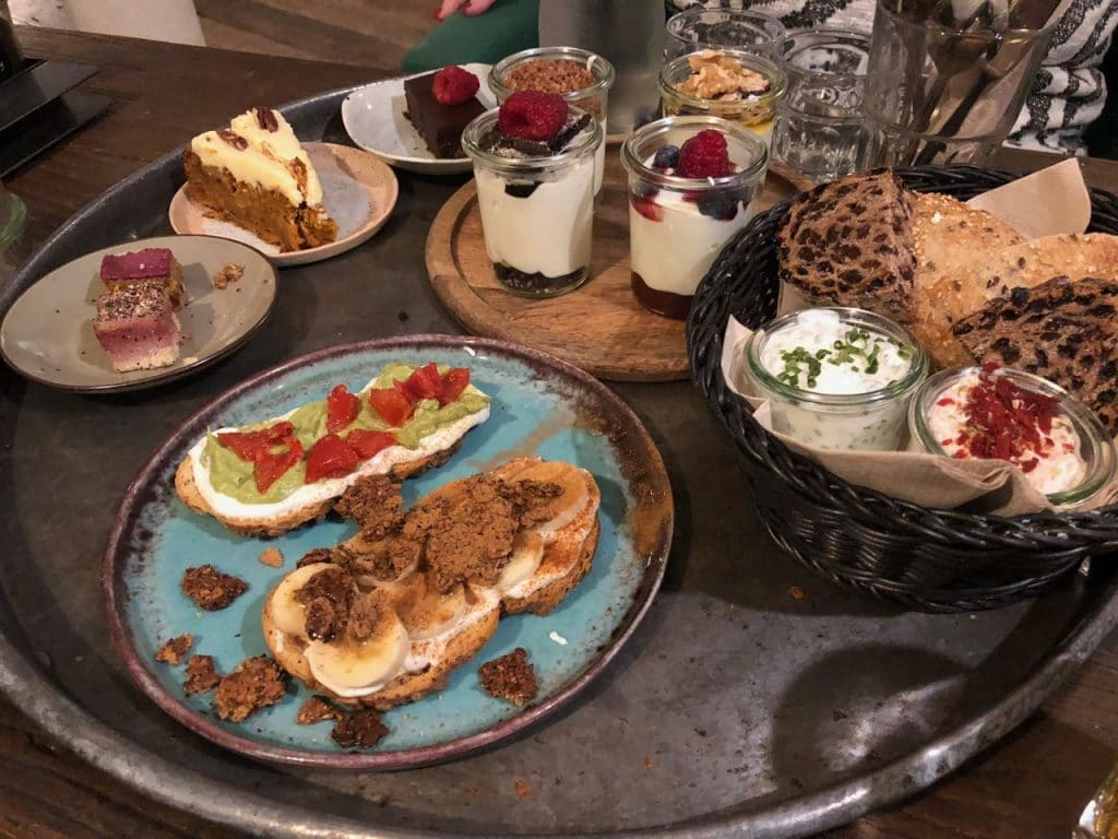 High tea bij Yoghurt Barn