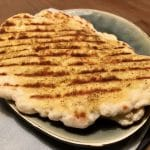 Gemakkelijke Indiase naanbroodjes bakken