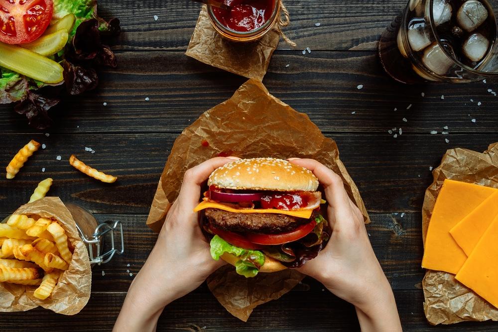 geschiedenis van beroemde gerechten: hamburger