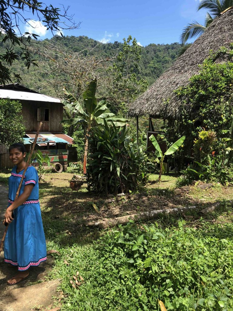 Reis door Panama - gids op de plantage