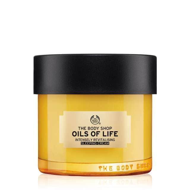 beauty essentials - oils of life