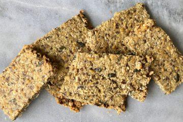gezonde crackers met pitten en zaden