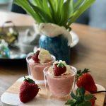 Luchtige aardbeienmousse