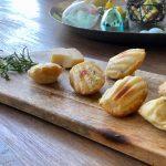 Hartige madeleines met kaas en rozemarijn