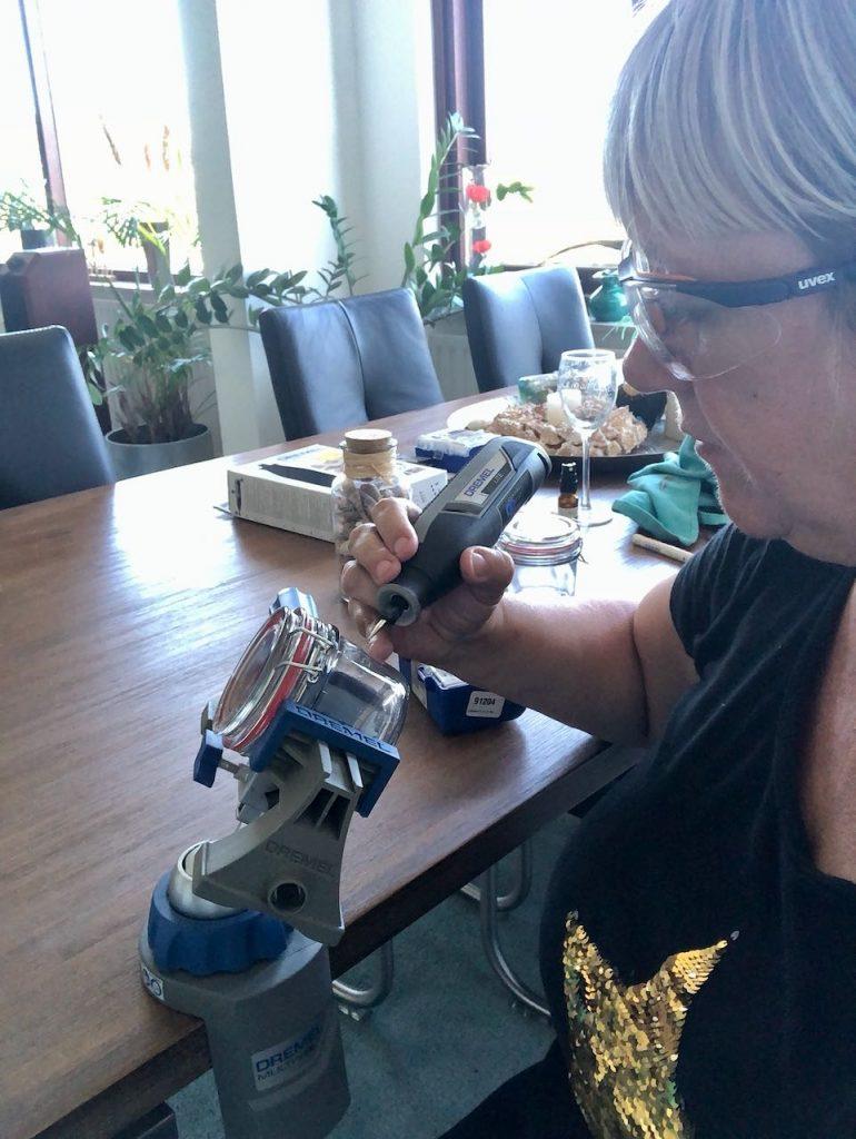 glas graveren met de Dremel Lite