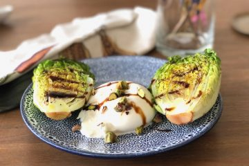 gegrilde little gem met burrata