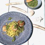 Linguine met pesto van zeekraal en coquilles