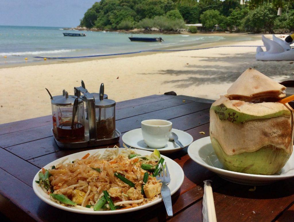 Pad thai op Koh Samed